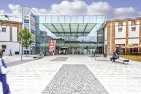 Community and Shopping Centre Breda & Weinstein